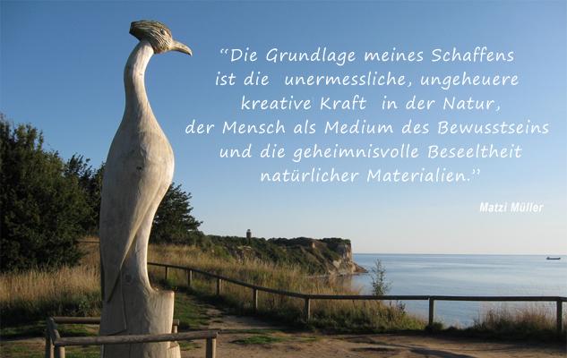Der See(h)vogel.<br /> Großskulptur in Pappelholz. Gehauen von Matzi Müller, auf Kap Arkona.