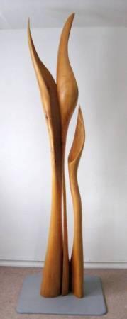 Blume. Skulptur in Lindenholz. Gehauen von Matzi Müller.