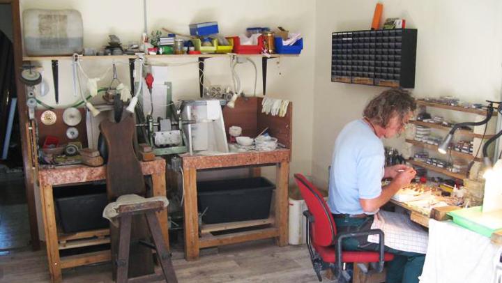 Innenansichten des kleinen Atelier Donnerkeil in Sonnschied.