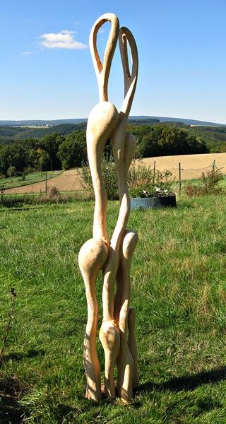 Skulptur in Vogelkirschbaumholz